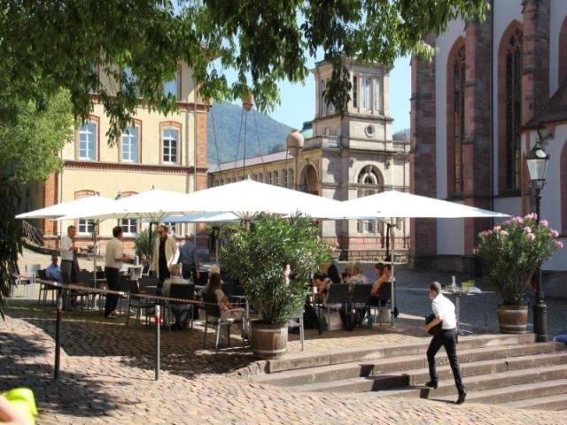 Terrasse des Restaurants M10 am Marktplatz